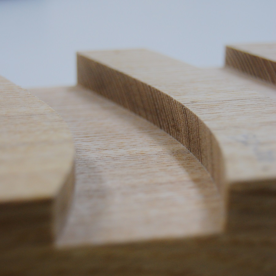 BTMTルータービット|ミックス4枚刃、大入れプレナービット加工例